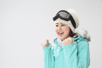 スキーウェアの女性