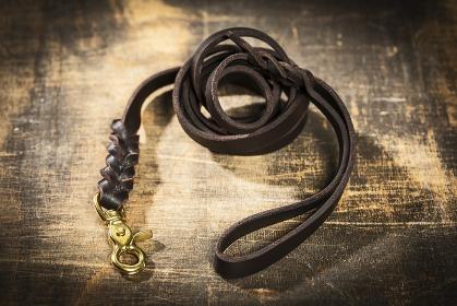 fat leather leash