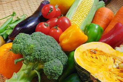 盛りだくさんの野菜 カラフル