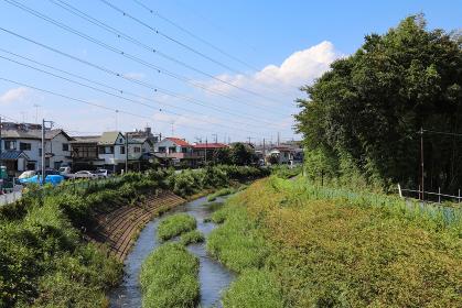 宮前橋から見た境川(東京都町田市・神奈川県相模原市)