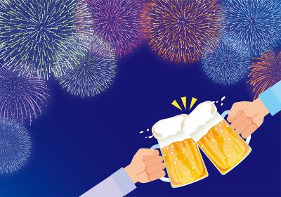 花火を見ながらビールで乾杯