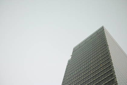 高層ビル(オフィスビル・新築)
