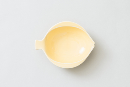 魚の形の小皿(黄色)