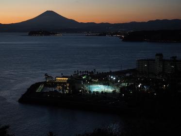 逗子、大崎公園から相模湾と富士山の夕焼け