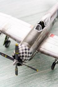 古い戦闘機のプラモデル