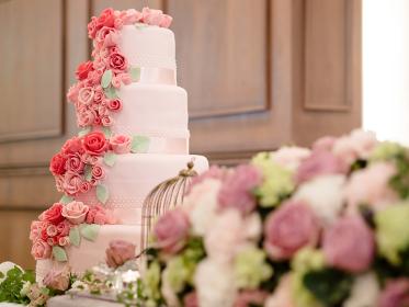 高砂とウェディングケーキ