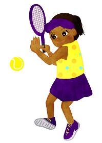 テニス少女 ラケットでテニスボールを打つ場面 ヒスパニック系アメリカ人バージョン