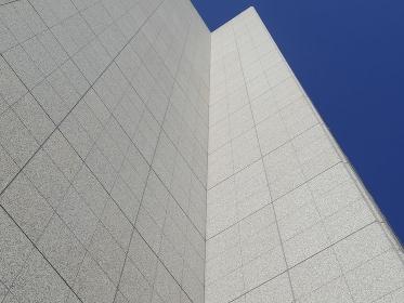 オフィスビルの壁面