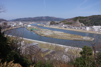 宮城県石巻市、日和山から望む中瀬公園