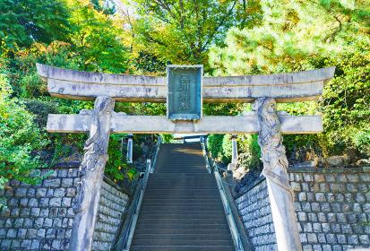 品川神社 【東京の下町風景】(公道から撮影しています)