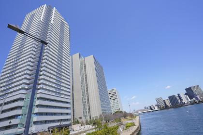 江東区の高層ビル