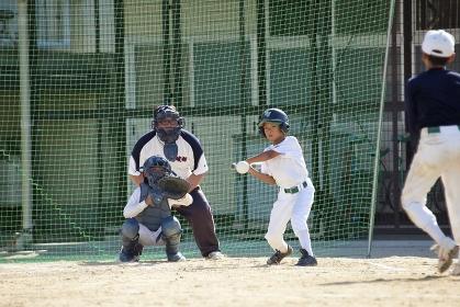 少年野球送りバント