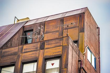 老朽化した建物