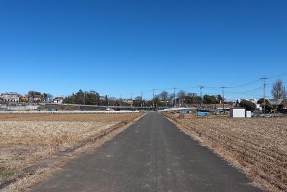 あきる野市小川の農道風景(東京都)