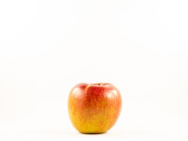 赤いリンゴのクローズアップ写真