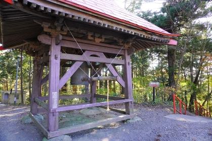 宮城県名取市熊野那智神社の鐘堂