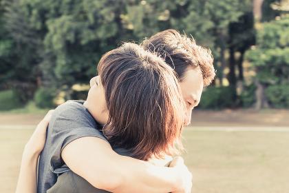 熱い抱擁(カップル・愛情表現・スキンシップ)