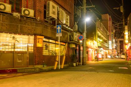 黒崎駅前の夜