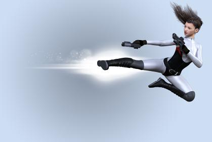 銃を両手に持った体にフィットしたスーツを着た女性が飛び蹴りをする