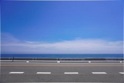 青い海と道路、福島県相馬市松川浦