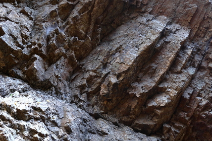 岩壁 (岩肌)