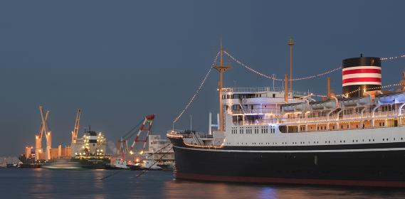 夜の港 パノラマ
