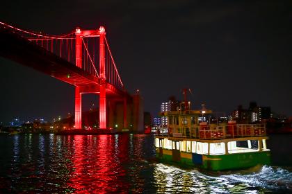 夜の若戸渡船 福岡県北九州市