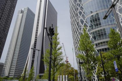 新宿西口近辺のビル