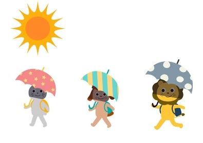 傘を差して登下校 熱中症対策、ソーシャルデ