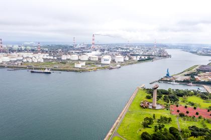 鹿島臨海工業地帯と港公園(茨城県神栖市)