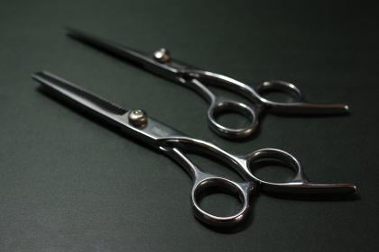 ハサミ セルフカット 散髪 ヘアサロン イメージ素材
