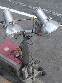 道路工事の照明器具
