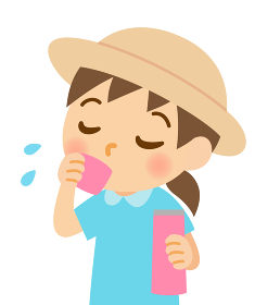 水分補給する女の子
