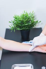 ワクチン接種 予防接種 注射 採血 メディカル 【ウィズコロナのニューノーマル】