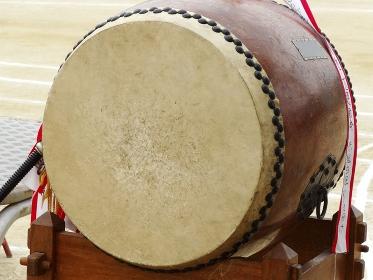 学校の運動会の応援太鼓