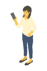 アイソメトリック図法で、スマートフォンを持って立つ女性のベクターイラスト
