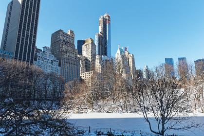 セントラルパーク ポンド 雪景色 ニューヨーク