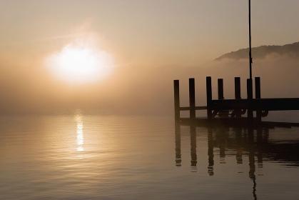 中禅寺湖の日の出