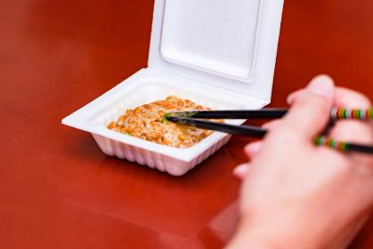 納豆 まぜる 食べる 【 発酵食品 】
