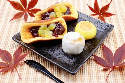 さつま芋を使ったどら焼きと饅頭 秋のイメージ