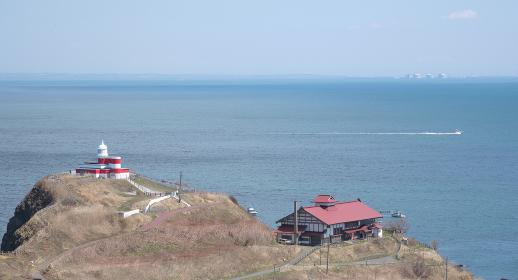 小樽高島岬から見る日和山灯台