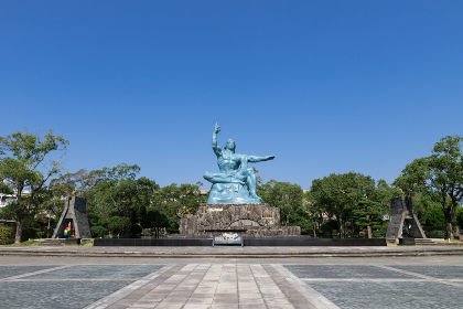 長崎市平和公園 平和祈念像