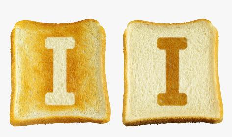 食パンに焼印風のアルファベットの大文字のI