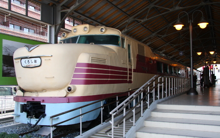 交通科学博物館(大阪市、2014年閉館)に展示されていたキハ81