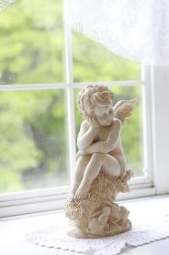 窓辺の天使