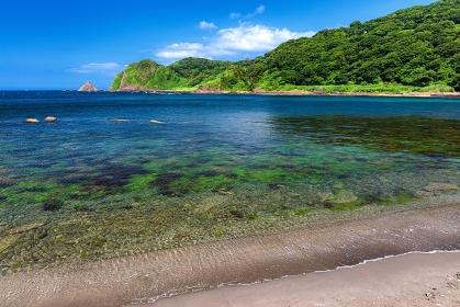 石川県・珠洲市 夏の木ノ浦海域公園の海の風景