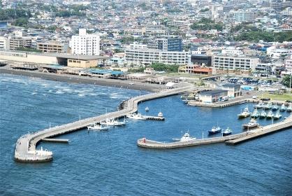 江の島から望む片瀬漁港