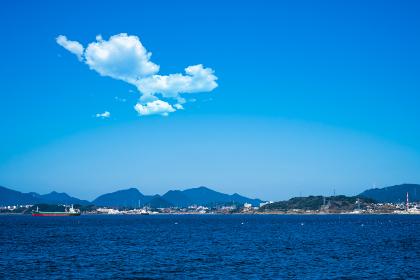 彦島の海と青空の響灘,日本,山口県