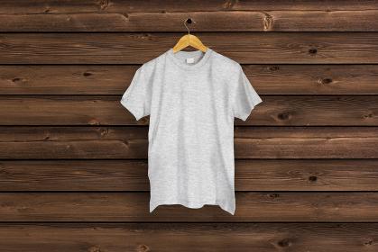 ヘザーグレーのTシャツ 木目バック 5477