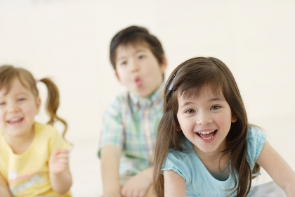 笑顔のハーフの子供達